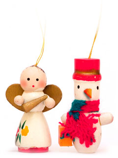 Photo of an angel and a snowman ornament