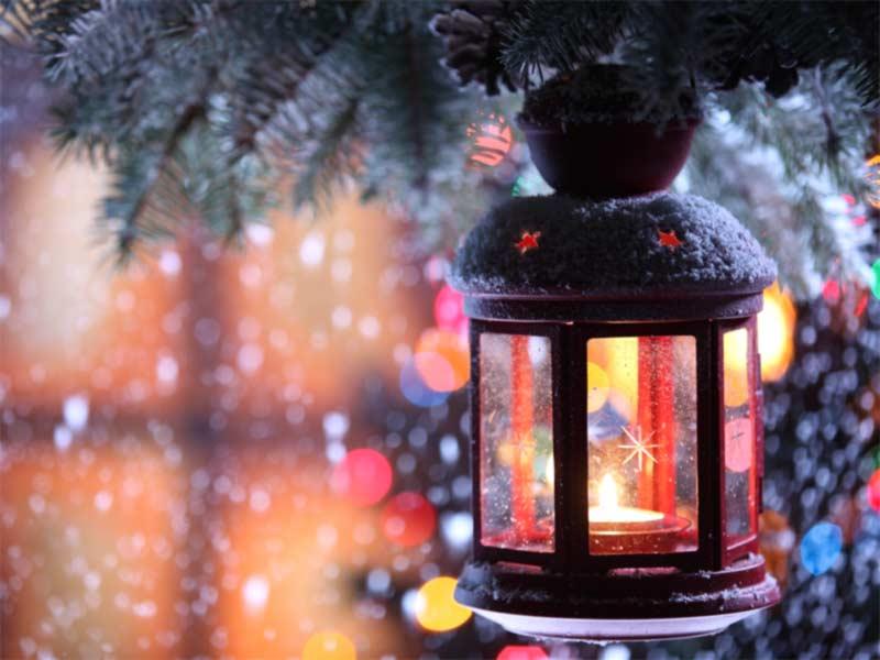 A photo of Christmas scene