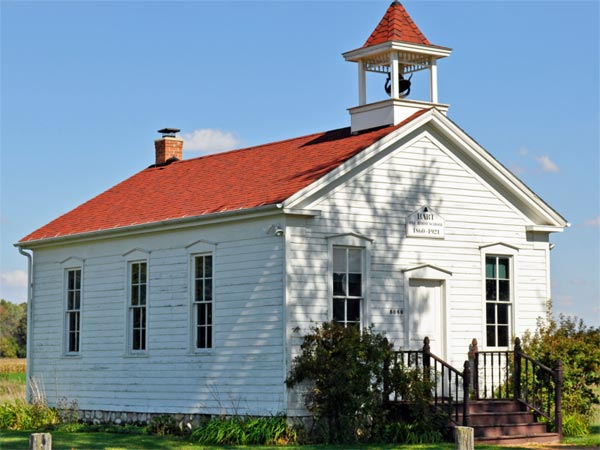 A photo of a schoolhouse.