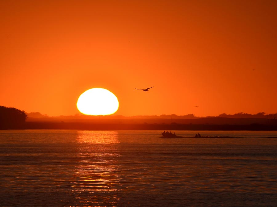 An photo of a sunrise.